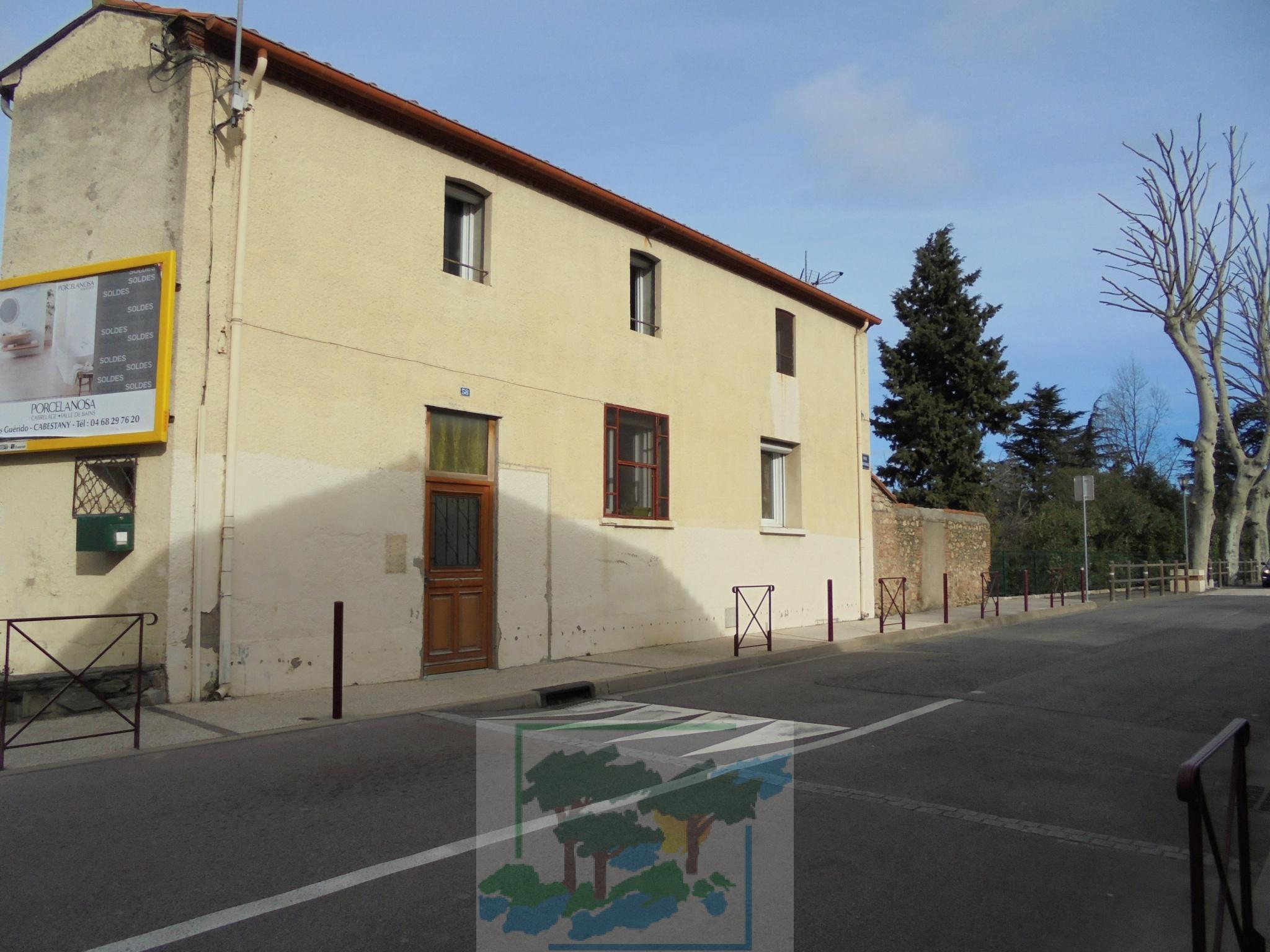 Location Maison De Village Rénovée 3 Chambres Garage Jardin Non